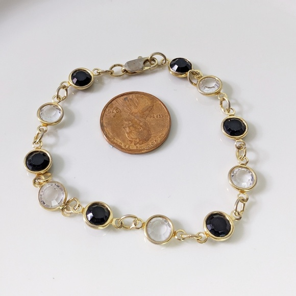 Jewelry - 🌜3 for $25🌛Black Crystal Gold Tone Bracelet